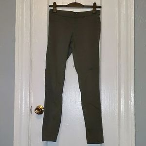 5/$30 Dark green super skinny jeans